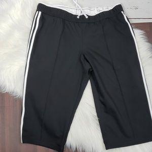 NWT Black & White Made for Life Petite Capri Pants